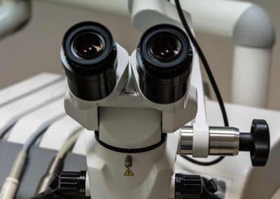 stomatolog_gliwice_mikroskop_1